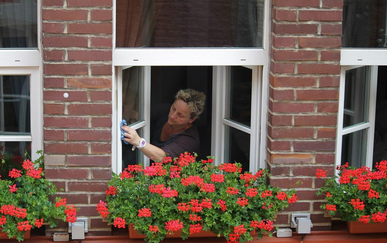 Comment nettoyer ses vitres sans laisser de traces ?
