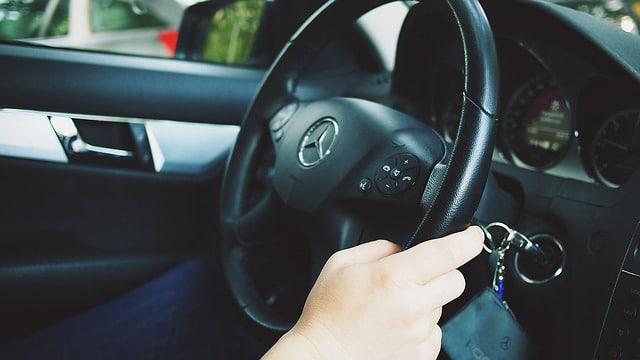 Nettoyer la climatisation de sa voiture très facilement