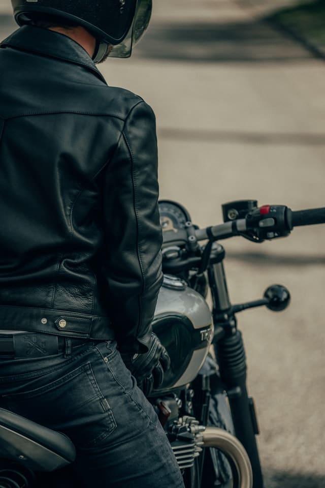 équiepement de moto estival : le blouson